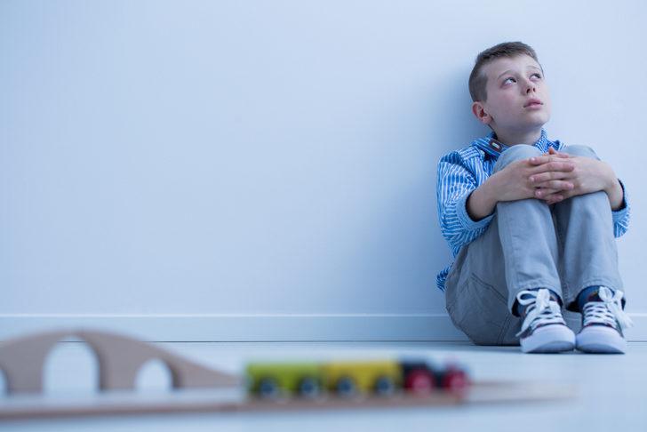 Otizm'in testi yok, bebeği gözlemlemek gerekiyor