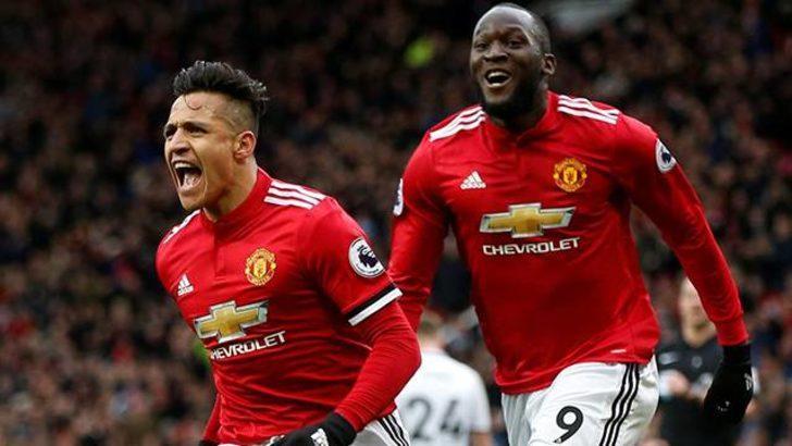 Manchester United 2 - 0 Swansea (Maç özeti)