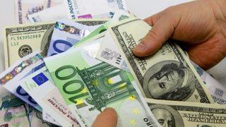 Dolar, Euro ve Sterlin'den tarihi rekor!