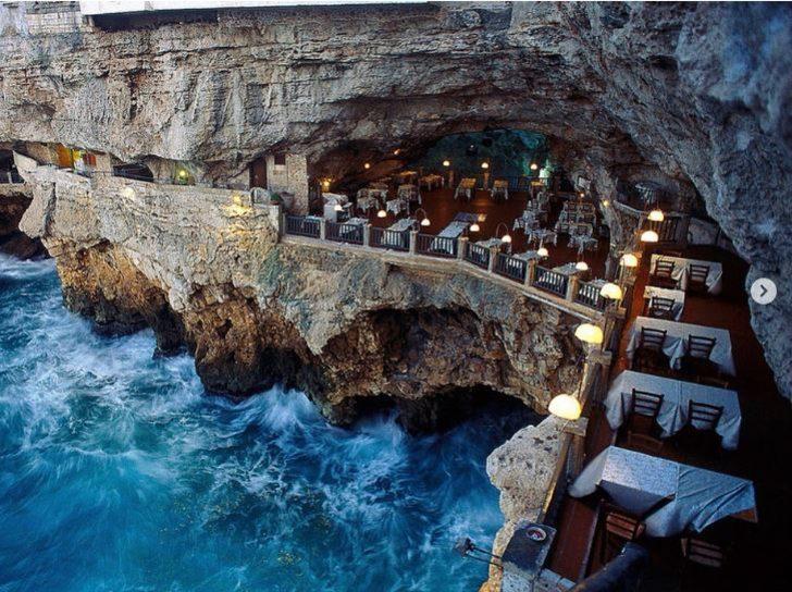 Grotta Palazzese, İtalya