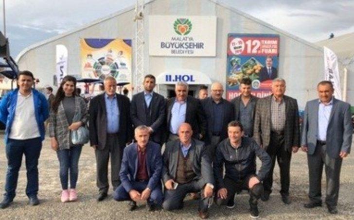 Vanlı çiftçiler, Malatya Fuarı'ndan döndü