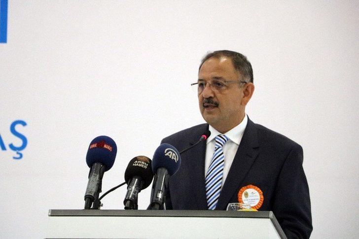 """Bakan Özhaseki: """"Doğuda 70 bin ev terör nedeniyle zarar gördü"""""""