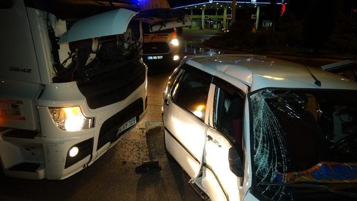 Halı saha maçı dönüşü kaza: 5 yaralı