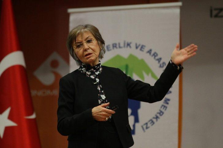 """Prof. Dr. Baykara: """"Çocuklarınızı anlayarak dinleyin"""""""