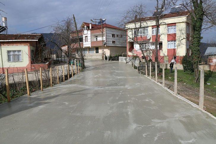Kumru'da beton yol seferberliği