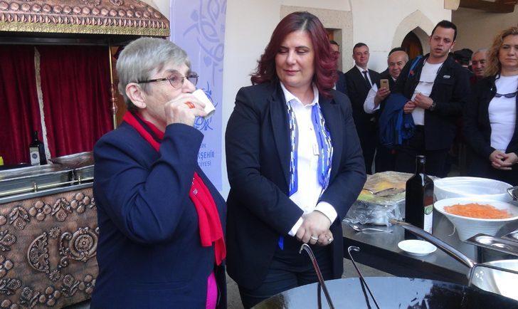 Canan Karatay: Zeytinyağı ana sütü ile aynıdır