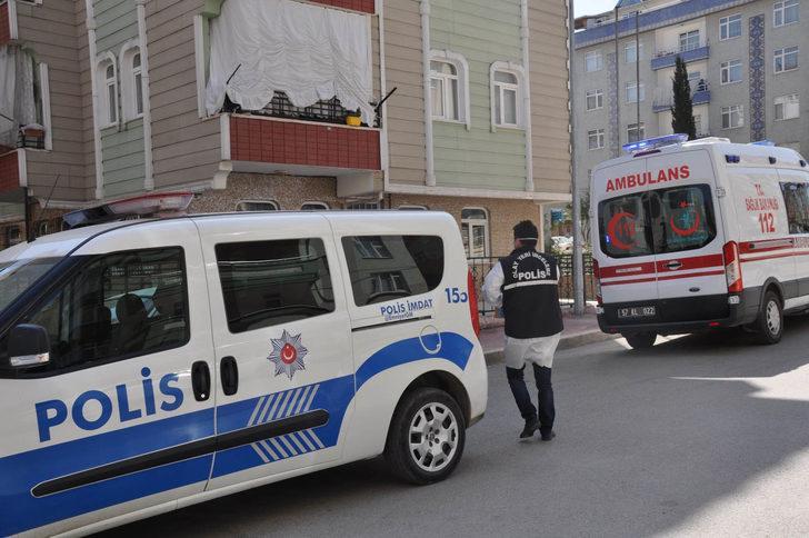 Sinop'ta 2 genç yataklarında ölü bulundu