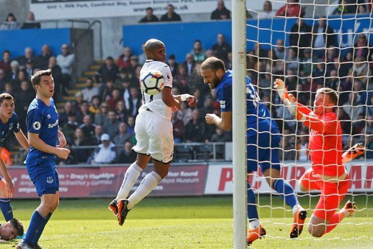 Cenk Tosun'un kurtardığı gol (Swansea-Everton canlı izle)