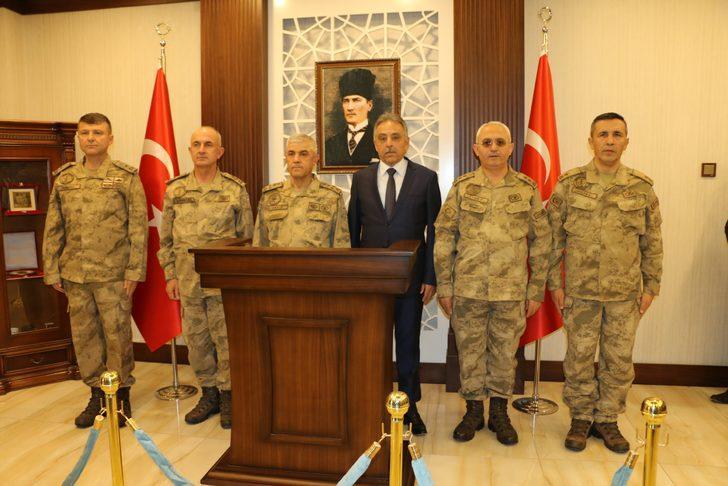 Jandarma Genel Komutanı Orgeneral Çetin, Hakkari'de