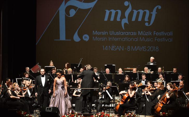 MUMF açılış konserini veren Matshikiza ve Karahan ikilisi büyüledi