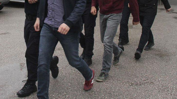 Adana'da FETÖ operasyonu! 90 bin dolar ele geçirildi