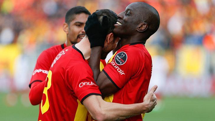 Göztepe'de Demba Ba ve Scarione Bursaspor maçında oynayamayacak