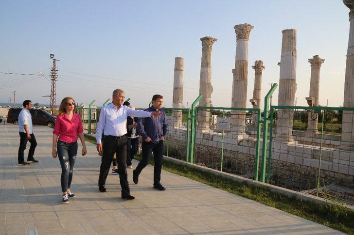 İsmail Küçükkaya Mezitli'de vatandaşlarla buluştu