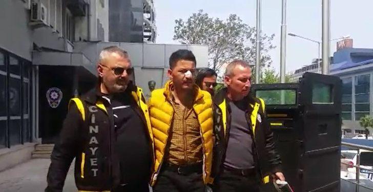 Bursa'da bir kişiyi öldürüp, rehine aldığı bir kişiyi de yaralayan şüpheli adliyeye sevk edildi