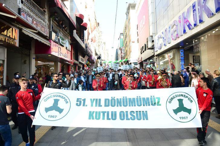 Giresunspor'dan 51'inci yıl yürüyüşü