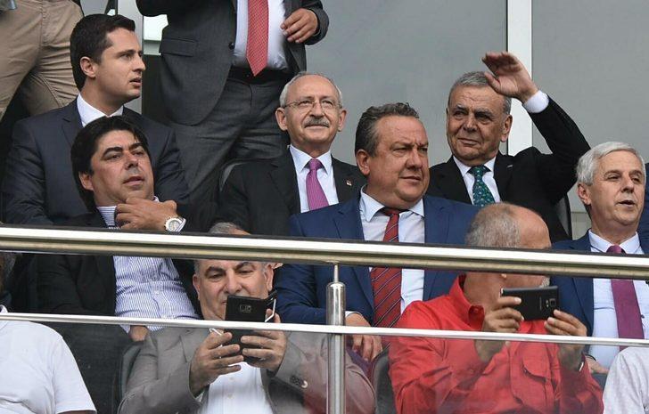 Kemal Kılıçdaroğlu'na İzmir'de sıcak karşılama (2)