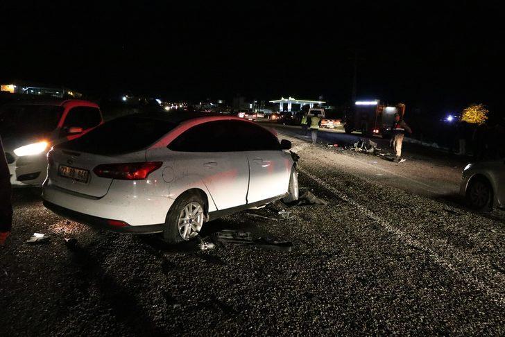 GÜNCELLEME- Batman'da trafik kazası: 2 ölü, 13 yaralı