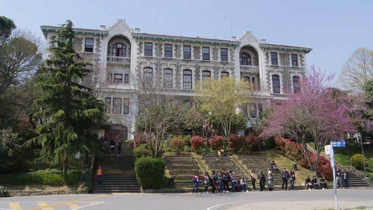 Gözaltılar, tutuklamalar, dayak ve işkence iddiaları: Boğaziçi Üniversitesi'nde neler oluyor?