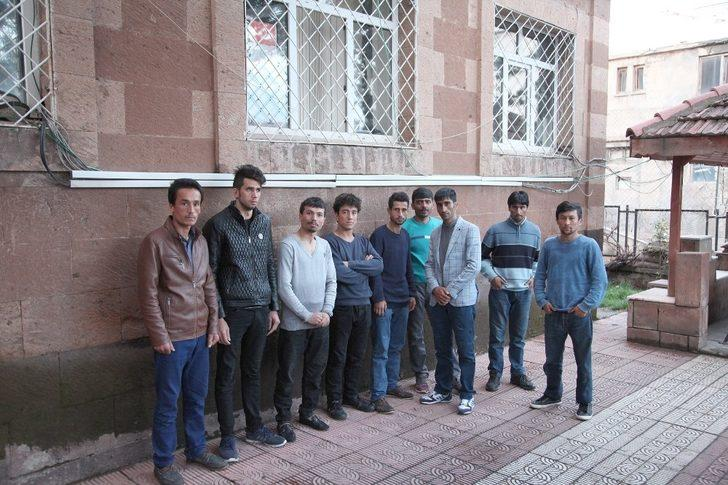 Ahlat'ta kaçak 9 şahıs yakalandı