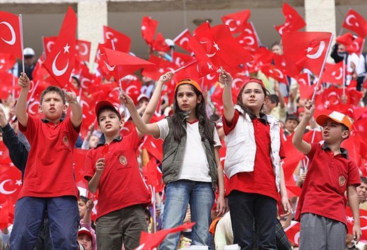 En güzel 23 Nisan şiirleri ve 23 Nisan Ulusal Egemenlik ve Çocuk Bayramı'nın kısa tarihi!