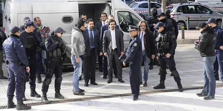 Yunan Bakan'dan 8 darbeci asker hakkında skandal açıklama