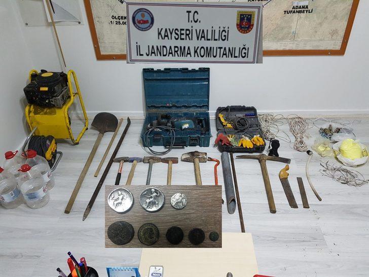 Kayseri'de kaçak kazı operasyonu: 10 gözaltı