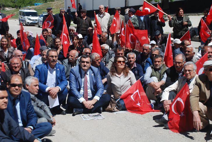 Elazığ'da 'OHAL değil, demokrasi istiyoruz' eylemi