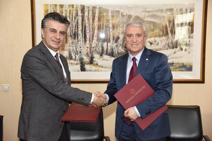 Anadolu Üniversitesi ile Türkiye Turist Rehberleri Birliği arasında iş birliği protokolü