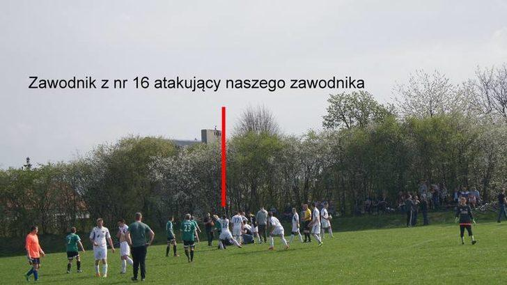 Polonya'da oynanan Piast Lutynia - LKS Ciechow maçı futbol tarihinin en kanlı müsabakalarından biri oldu.