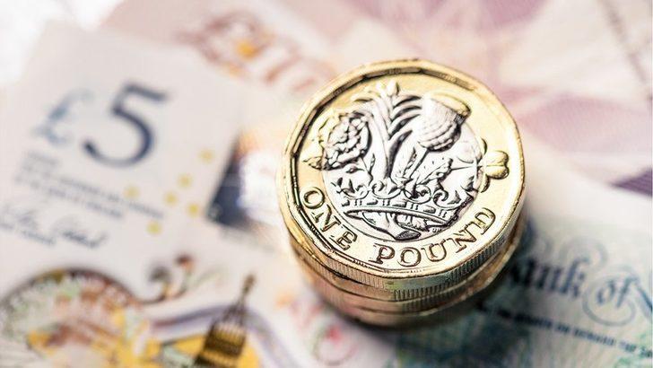 İngiliz sterlini dolara karşı değer kazanmaya devam ediyor