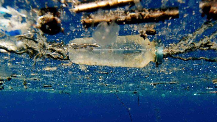 Bilim insanları plastiği çözen enzim geliştirdi