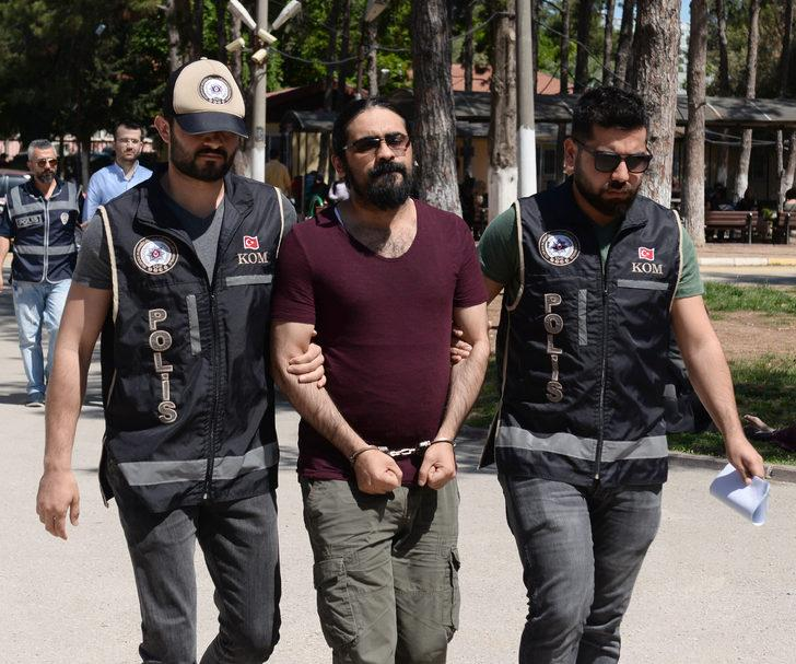 FETÖ'nün sözde 'Çukurova Eyalet Talebe Mesulü' 3 kişi, tutuklandı