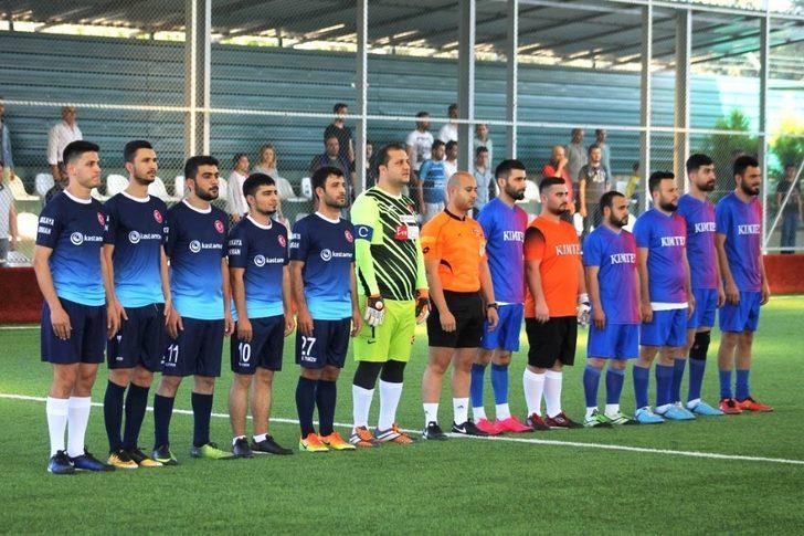 AOSB Futbol Turnuvası'nda kupa sahibini buluyor