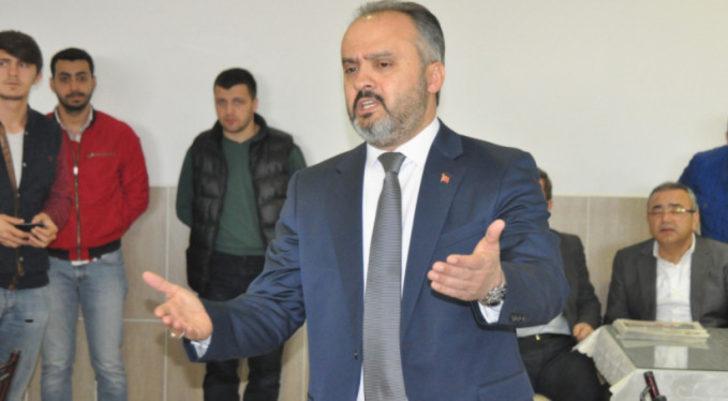 AK Partili başkandan futbolculara: İşin suyunu çıkardılar