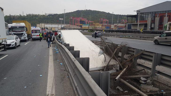 Kocaeli'deki kazada, Vali Aksoy'un ve kaymakamların eşleri yaralandı (1)
