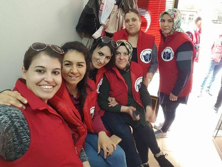 Biga'da Gönüllü Yardımlaşma Derneği kampanya başlattı