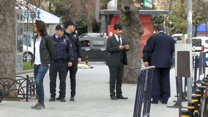 Büyükçekmece Kaymakamlığı'nda polisi alarma geçiren ihbar (1)