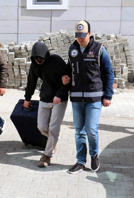 FETÖ'nün 'Polis Okulu öğrencileri sohbet abisi' tutuklandı