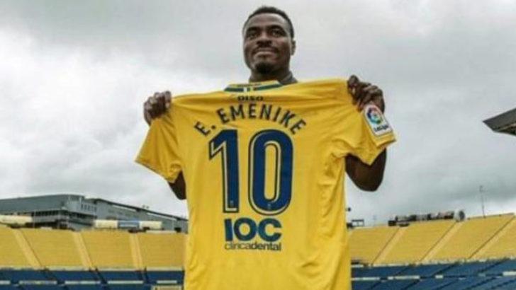 Emmanuel Emenike savaşı