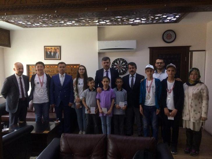 Başkan Cankul, şampiyonları makamında ağırladı