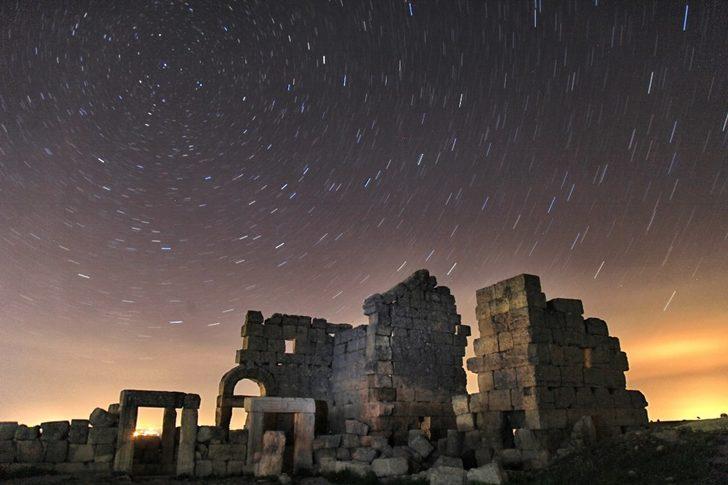 Yıldızlar altında Zerzevan kalesi fotoğraflandı
