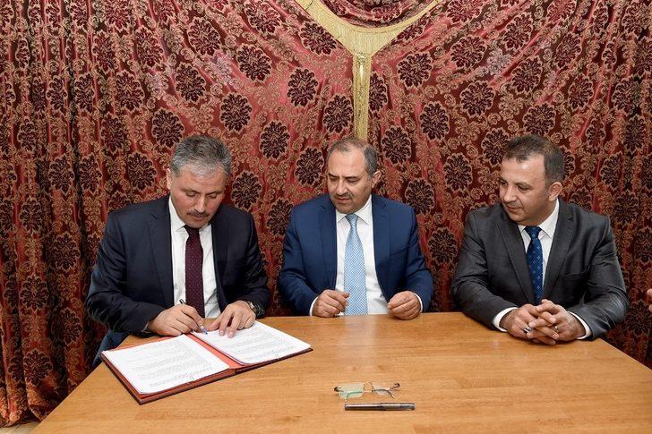 Yeni Halk Kütüphanesi yapımı için protokol imzalandı