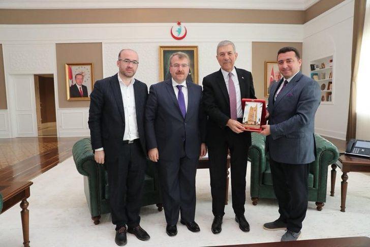 Başkan Bakıcı, Sağlık Bakanı Demircan ile görüştü