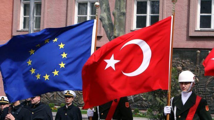 Avrupa Komisyonu'ndan Sert Rapor: 'Türkiye AB'den Hızla Uzaklaşıyor'