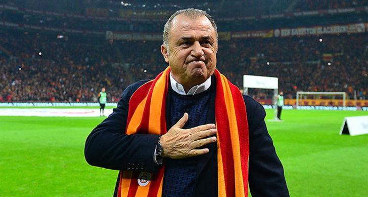 """Alanya maçını kazanamamaları halinde derbinin de önemini yitireceğini söyleyen Terim, """"Bu maç, Beşiktaş derbisinden daha önemli. Kazanmamız halinde ipleri elimizde daha sıkı turacağız"""" dedi."""