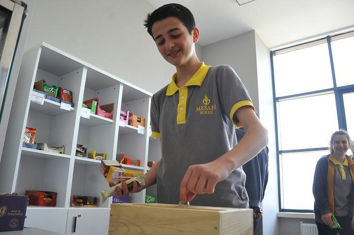 Görevlisi olmayan okul kantininde 'güven' satılıyor