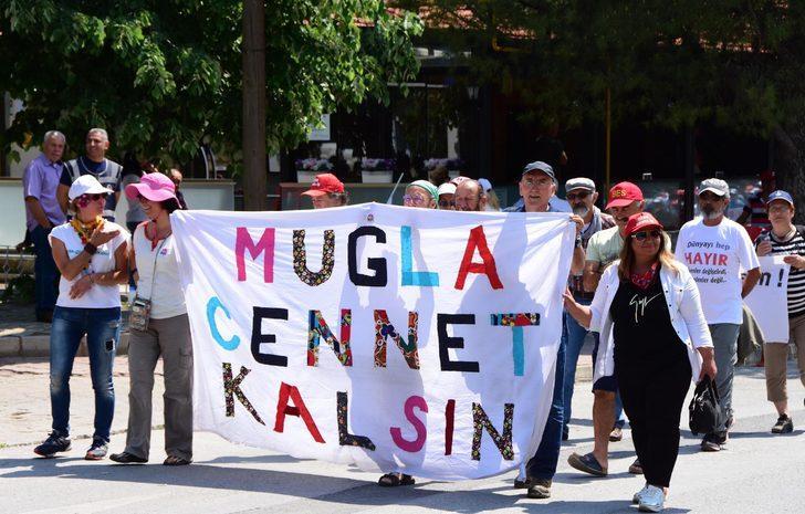 Muğla'da renkli 1 Mayıs kutlaması