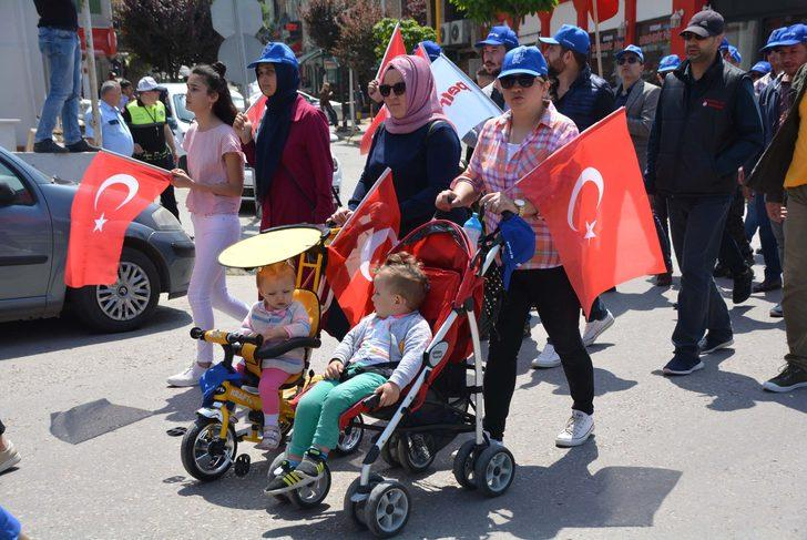 Bandırma'da 1 Mayıs coşkulu geçti