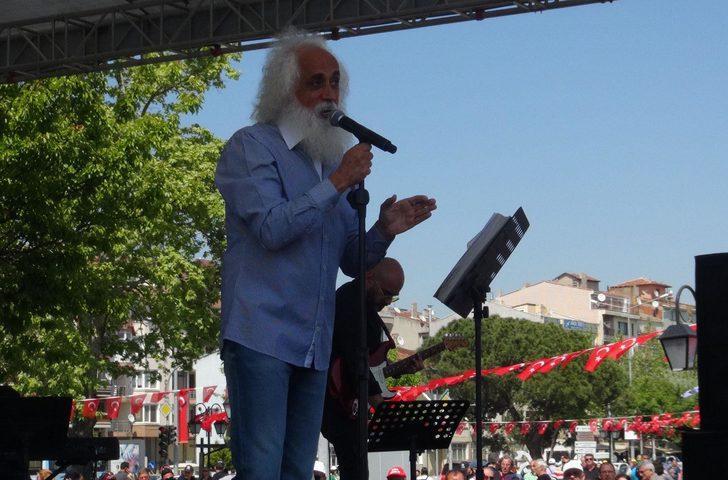 Tekirdağ'da Suavi'li 1 Mayıs kutlaması
