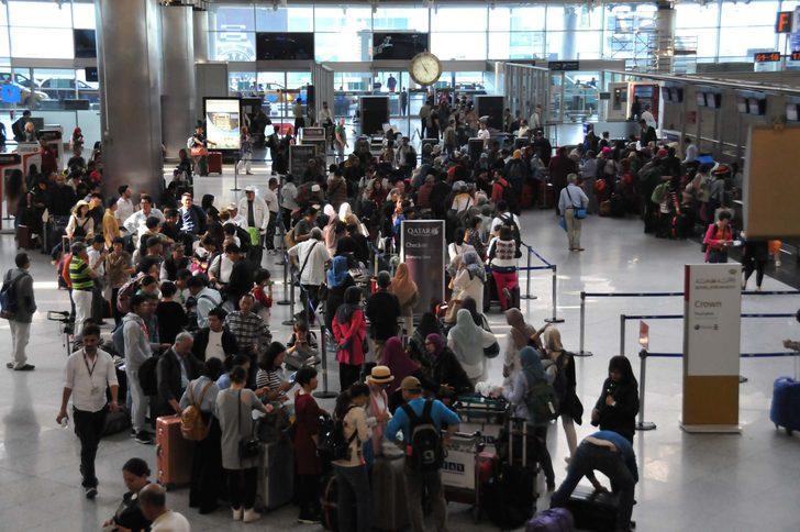 Atatürk Havalimanı'nda yoğunluk...
